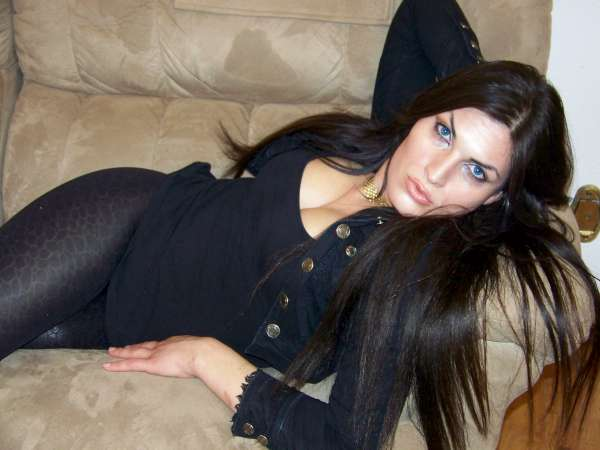 Tranny in Black Leggings 2